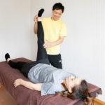 【肩こり腰痛改善】骨盤矯正+全身パートナーストレッチが60分3,000円!